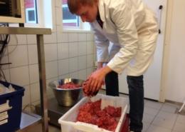 Veging av kjøtdeiga