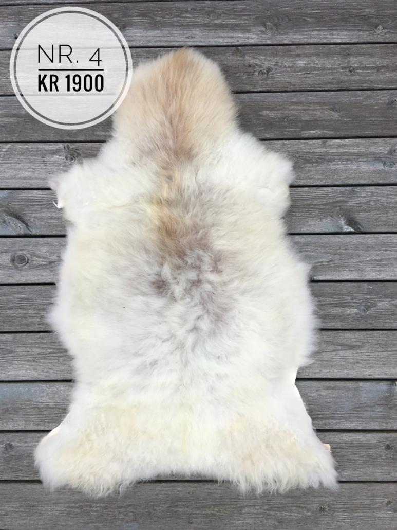 Skinn nr. 4 kr 1900